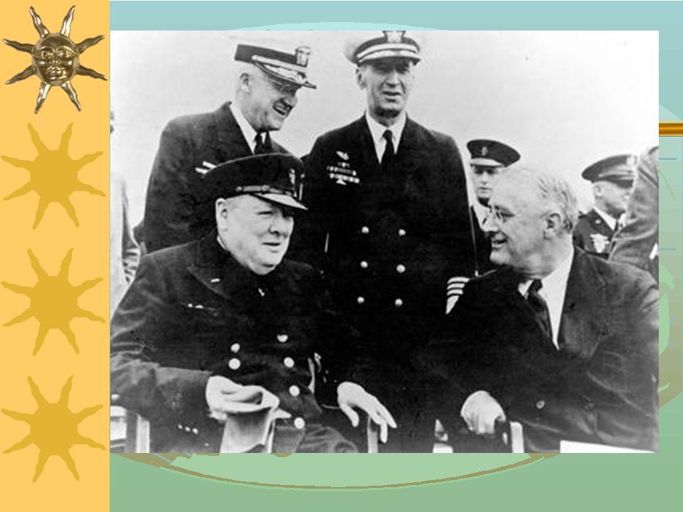 Cultural Notes  温斯顿 · 丘吉尔( Winston Churchill ) 1874年11月30 日 出生于英国贵族家庭,毕业于英国皇家军事学院。1895 年 在第4轻骑兵团股役。他在军队中既是军人又是记者,为伦 敦 报刊撰写报道。  1899年辞去军职,应伦敦《晨邮报》之约去非洲采访南非 战争新闻。1900年参加保守党竞选获胜,进入国会,开始 他的政治生涯。丘吉尔主张自由贸易,反对保护主义的关税政 策,1904年他脱离保守党,成为自由党议员。1906年 参加自由党竞选获大胜,担任自由党政府殖民副大臣,190 8年任阿斯奎政府的商务大臣。丘吉尔在商务部进行了许多社 会改革:他完成了矿工每日8小时工作制的立法;他提出成立 劳资协商会,设立政府办的劳动交易所解决失业问题等;他还 致力于建立失业保险制度。